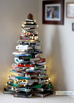 ©Decocrush.fr_familysponge_DIY_christmas_tree_books