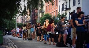 A NYC la queue pour des Cronuts
