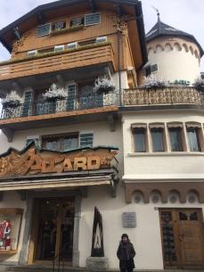 Le fameux magasin Allard sur la place principale de Megève