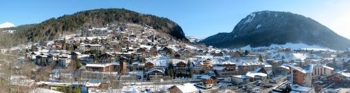 Panorama_de_la_vallée_de_morzine