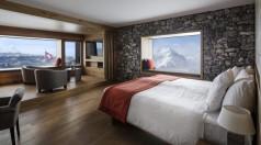 Une chambre du Chetzeron, vue imprenable sur les montagnes