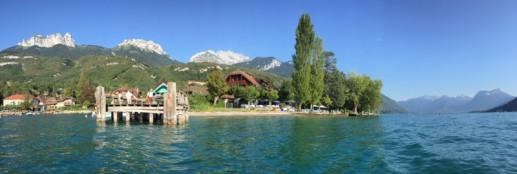 Le lac d'Annecy, sur les berges de Talloires